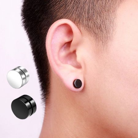 Magnetic easrstuds