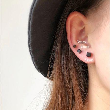 Ear studs 5mm